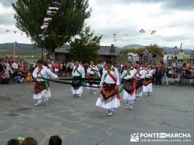 Majaelrayo - Pueblos arquitectura negra - Fiesta de los danzantes, Santo Niño; excursiones de veran